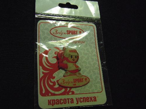 チェブラーシカ 北京オリンピック 赤チェブ ピンバッジ 野球かソフトボール
