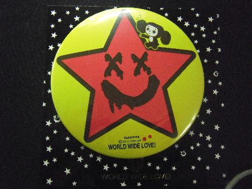 WORLD WIDE LOVE! ×チェブラーシカ コラボ 缶バッジ